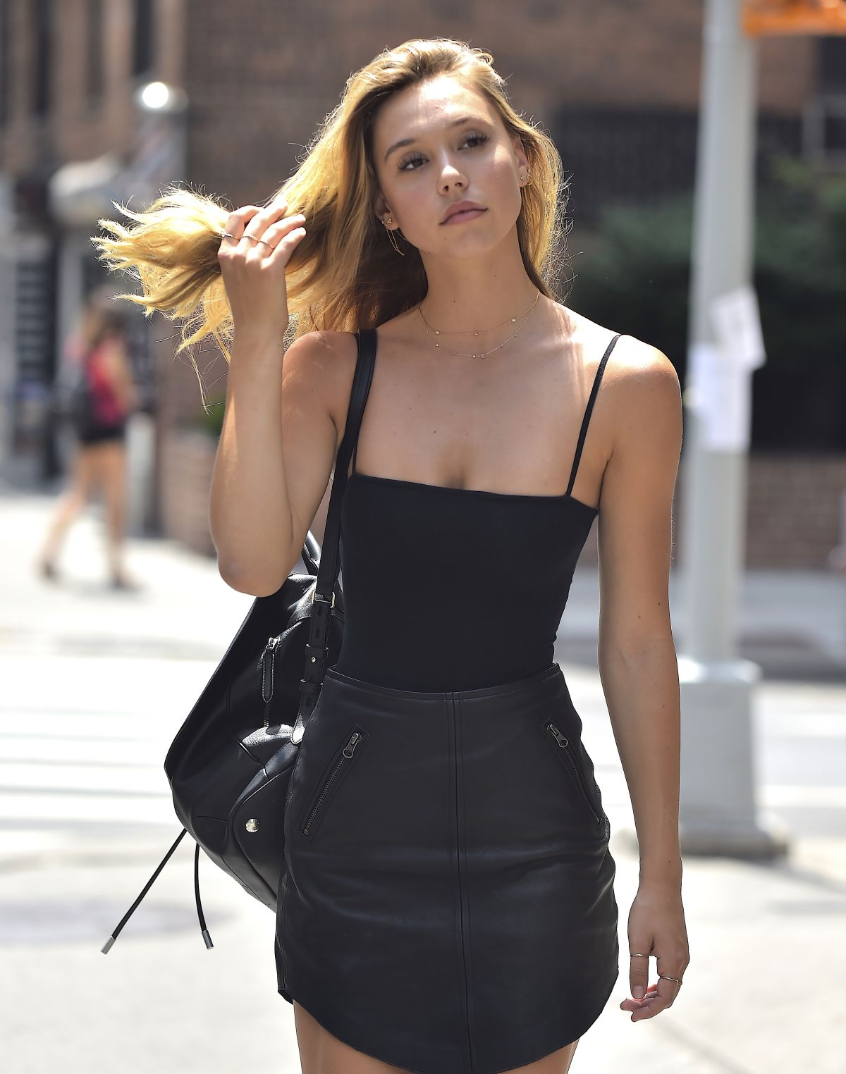 ALEXIS REN Out and About in New York 07/15/2016