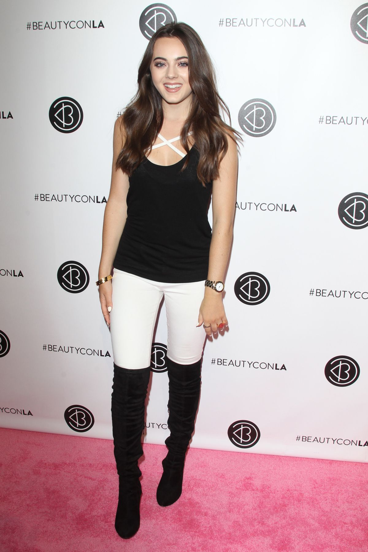 AVA ALLAN at 2016 Beautycon Festival in Los Angeles 07/09/2016