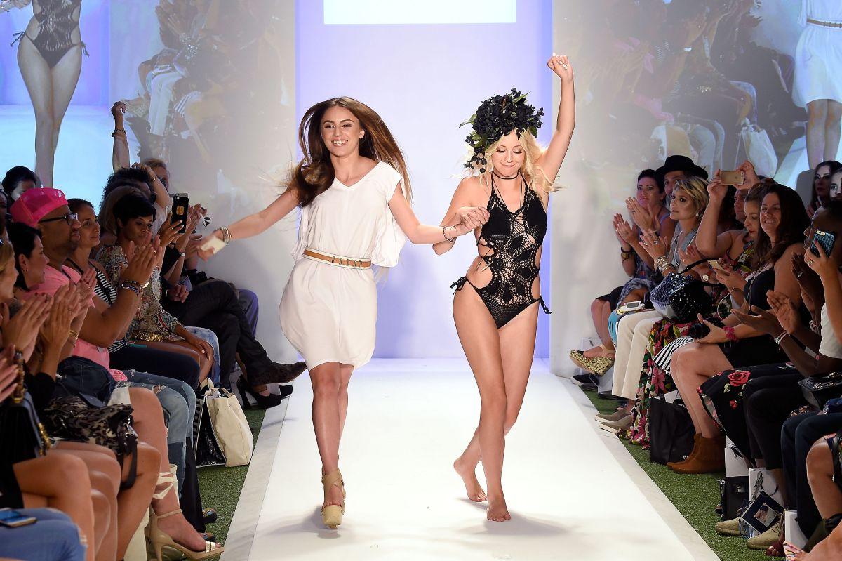 ava sambora at baes and bikinis fashion show in miami 07 17 2016 ava sambora at baes and bikinis fashion show in miami 07 17 2016
