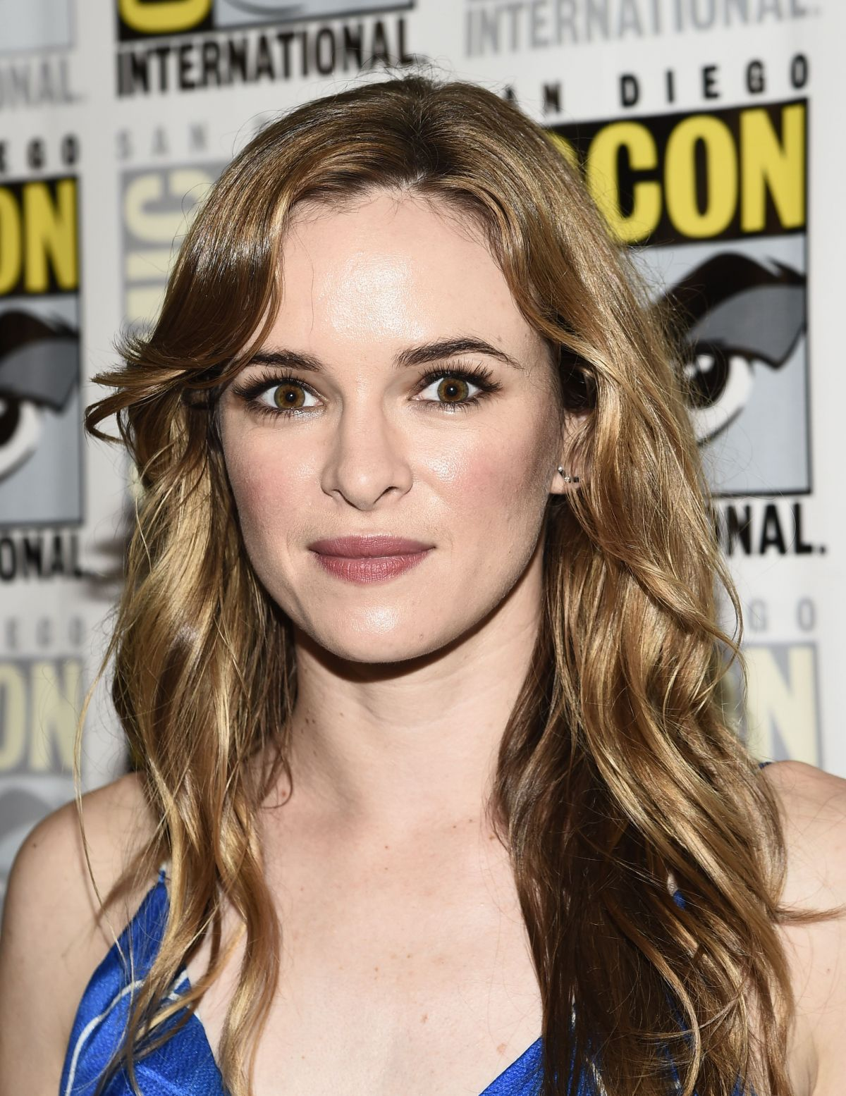 Danielle Panabaker At The Flash Press Line At Comic Con In