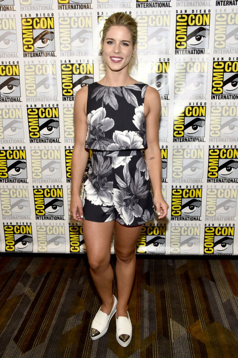 EMILY BETT RICKARDS at Arrow Press Line at Comic-con in San Diego 07/23/2016