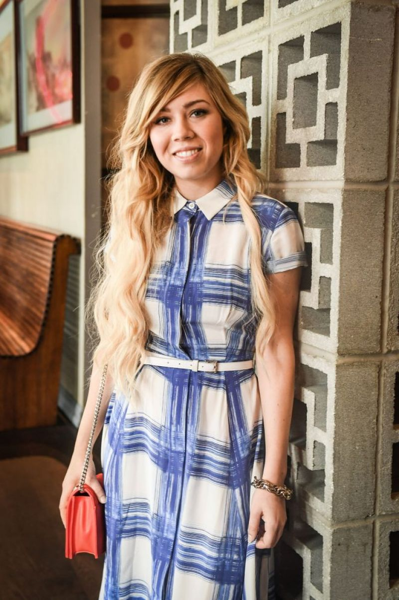 JENNETTE MCCURDY Promotes 'Lost in America' in Toronto 07 ...