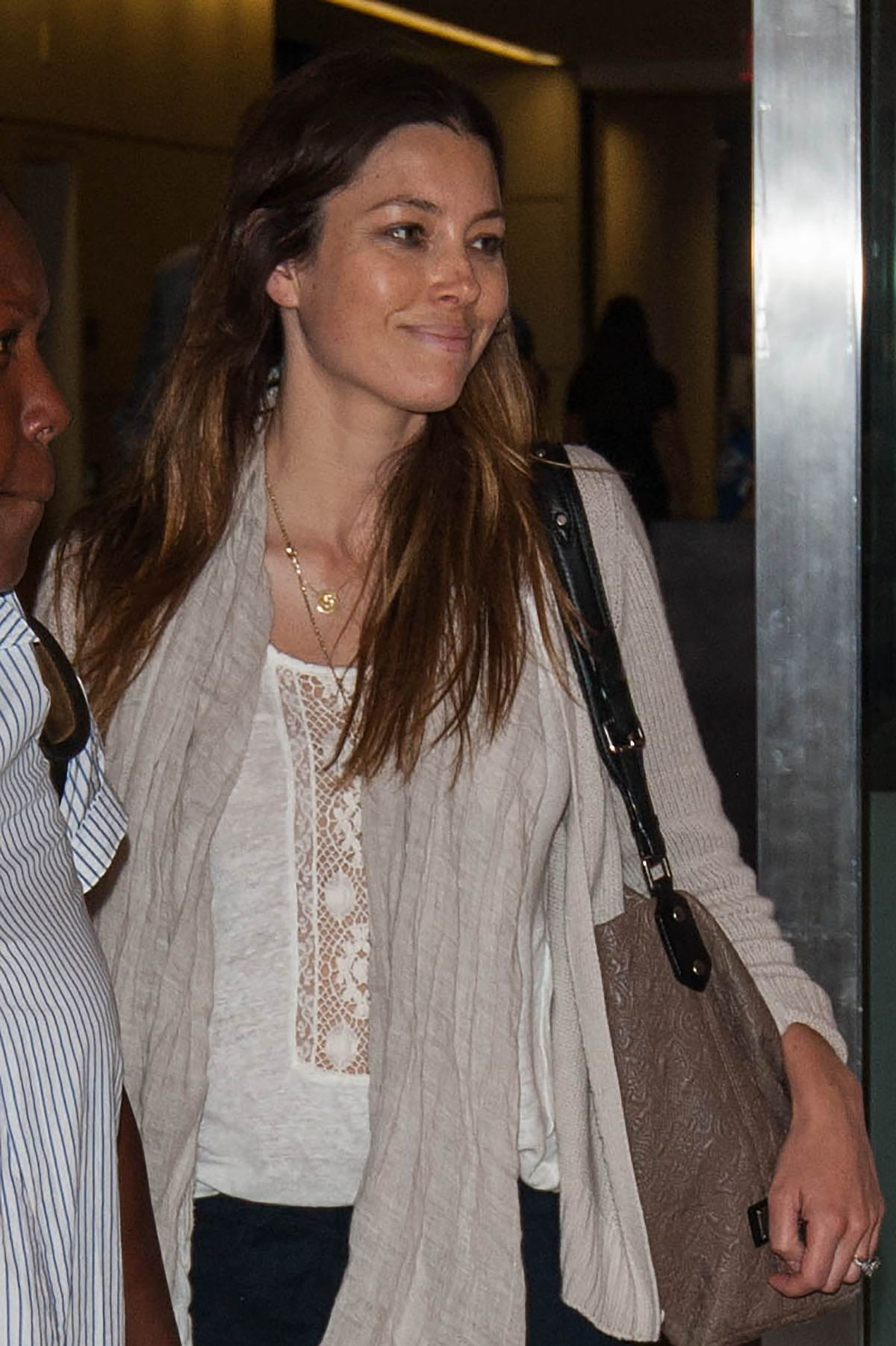 Molly sims archives page 2 of 7 hawtcelebs hawtcelebs - Jessica Biel At Lax Airport In Los Angeles 07 26 2016