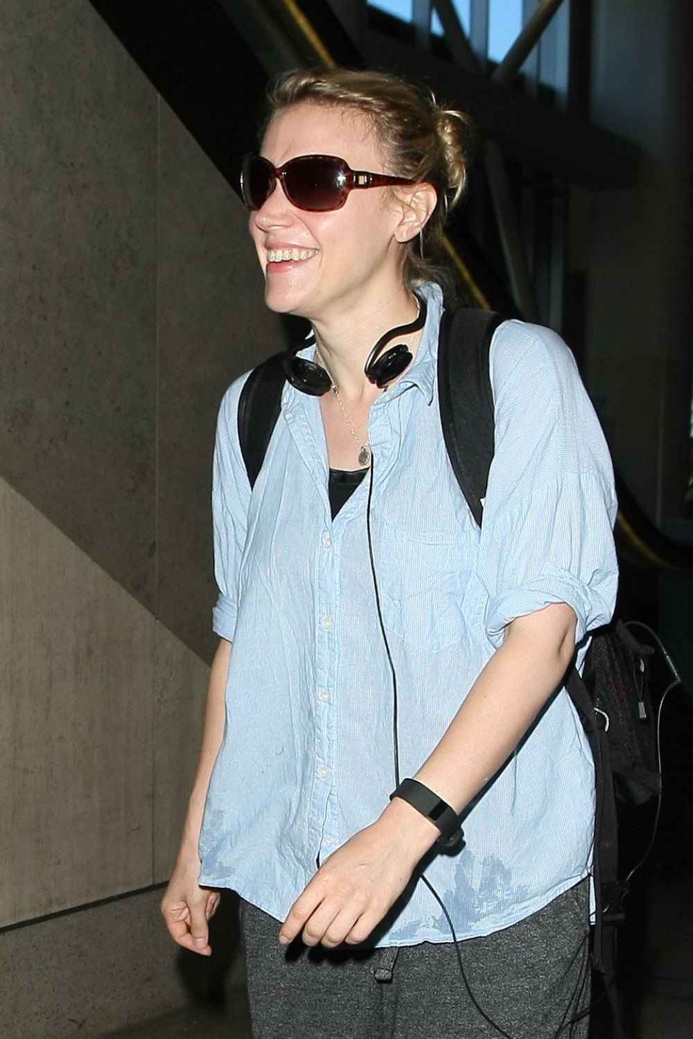 KATE MCKINNON at Los Angeles International Airport 07/06/2016