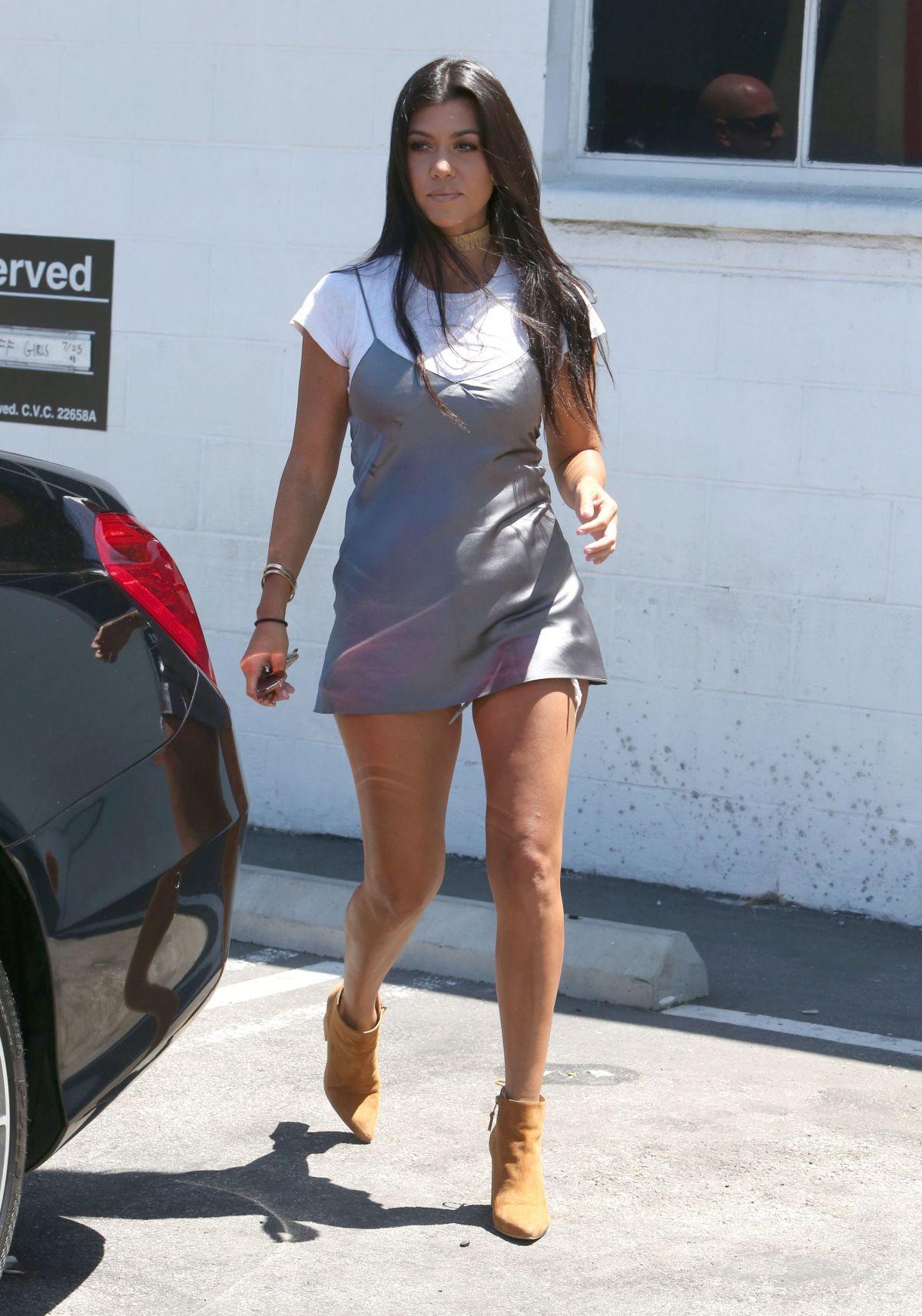 Kourtney Mary Kardashian naked (54 photo), Is a cute