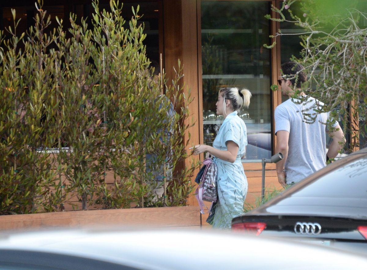 Miley Cyrus At Soho House In Malibu 07 03 2016 8 Hawtcelebs