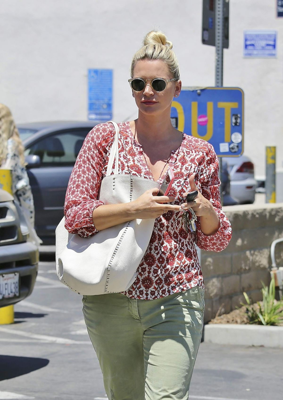 NATASHA HENSTRIDGE Out Shopping in Los Angeles 07/19/2016