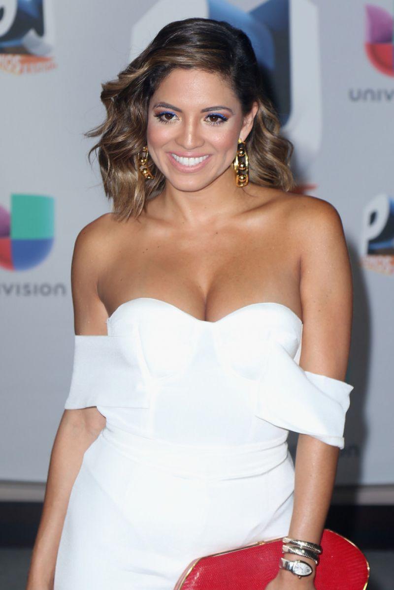 PAMELA SILVA CONDE at 2016 Premios Juventud Youth Awards in Miami 07/14/26