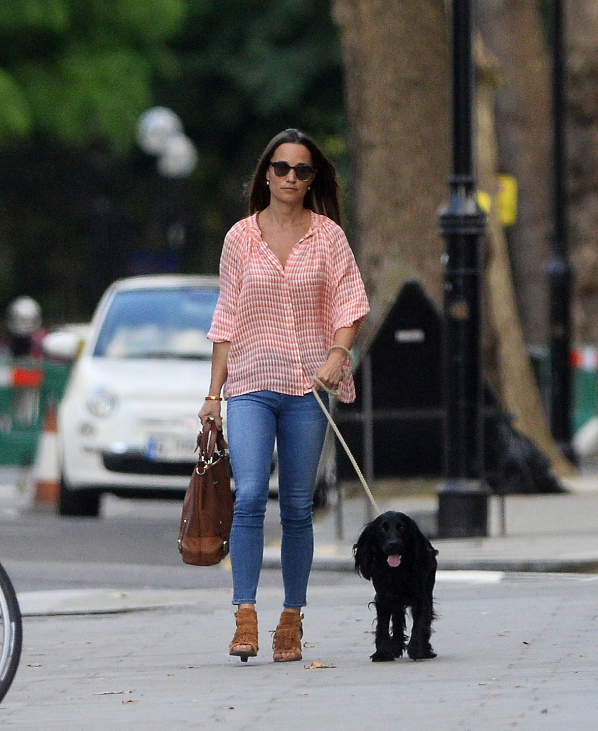 PIPPA MIDDLETON Out and About in London 07/25/2016