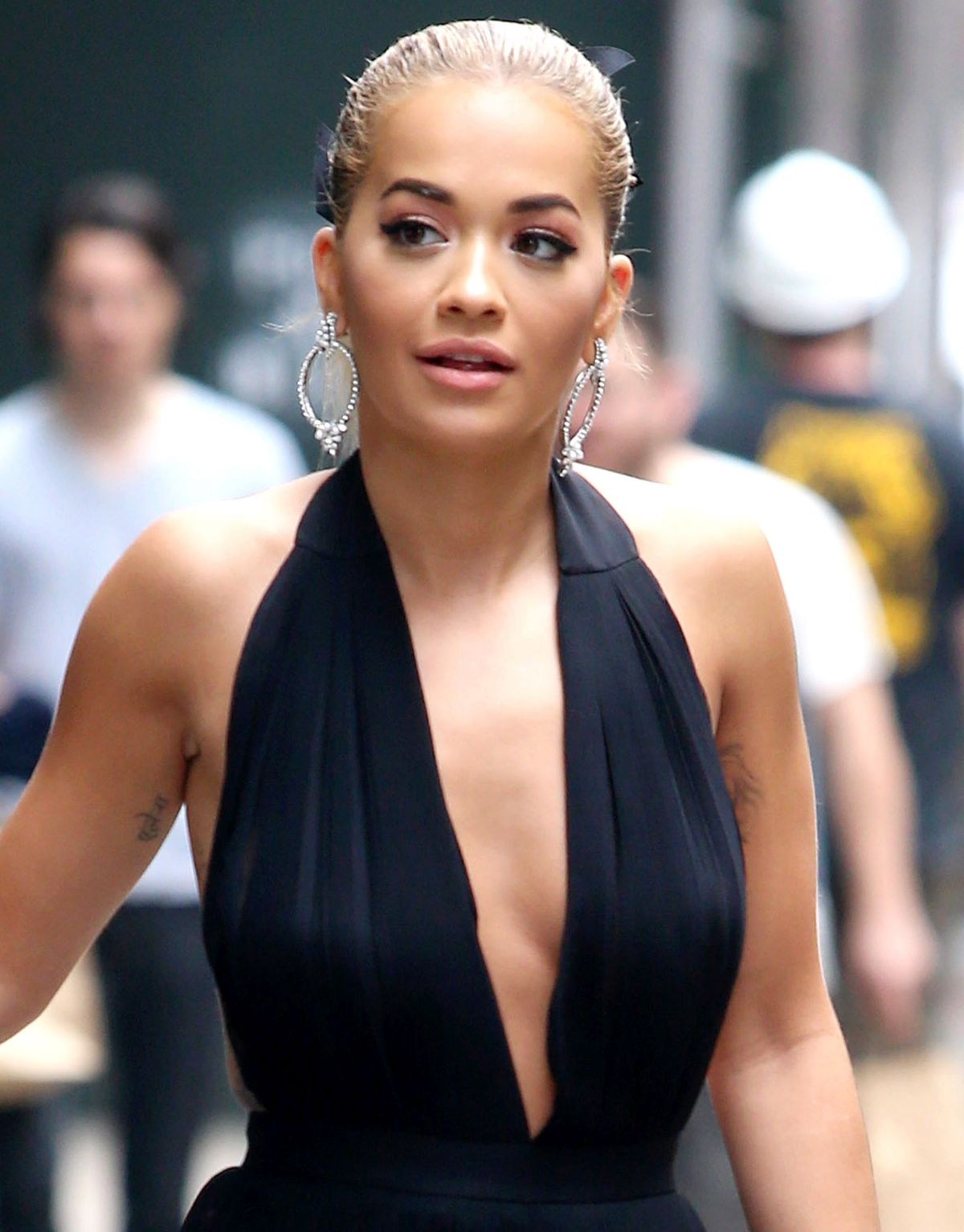 rita ora on the set of america s next top model in new