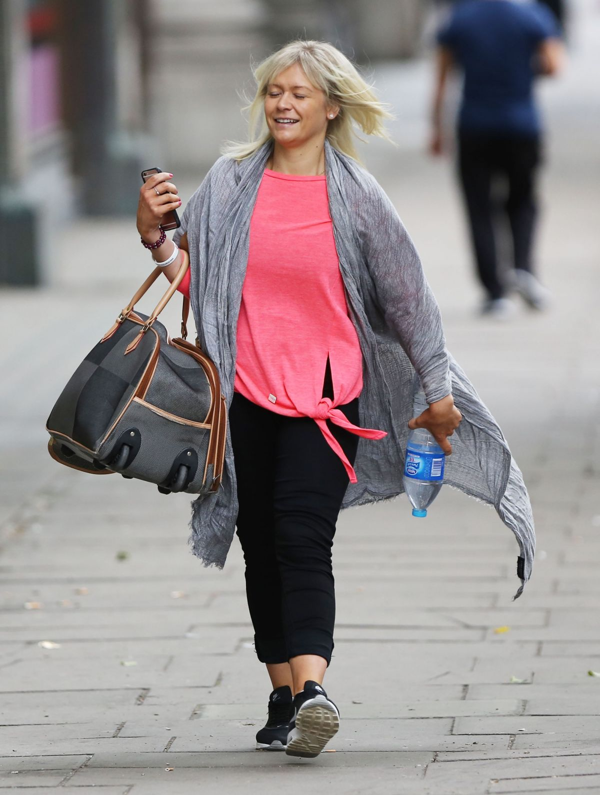 SUZANNE SHAW Out and About in London 07/08/2016