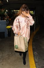 ARIANA GRANDE Shopping at Whole Foods in Beverly Hills 08/02/2016