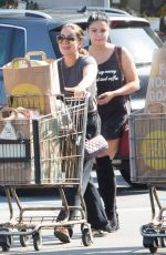 ARIEL WINTER Shopping at Whole Foods in Los Angeles 08/27/2016
