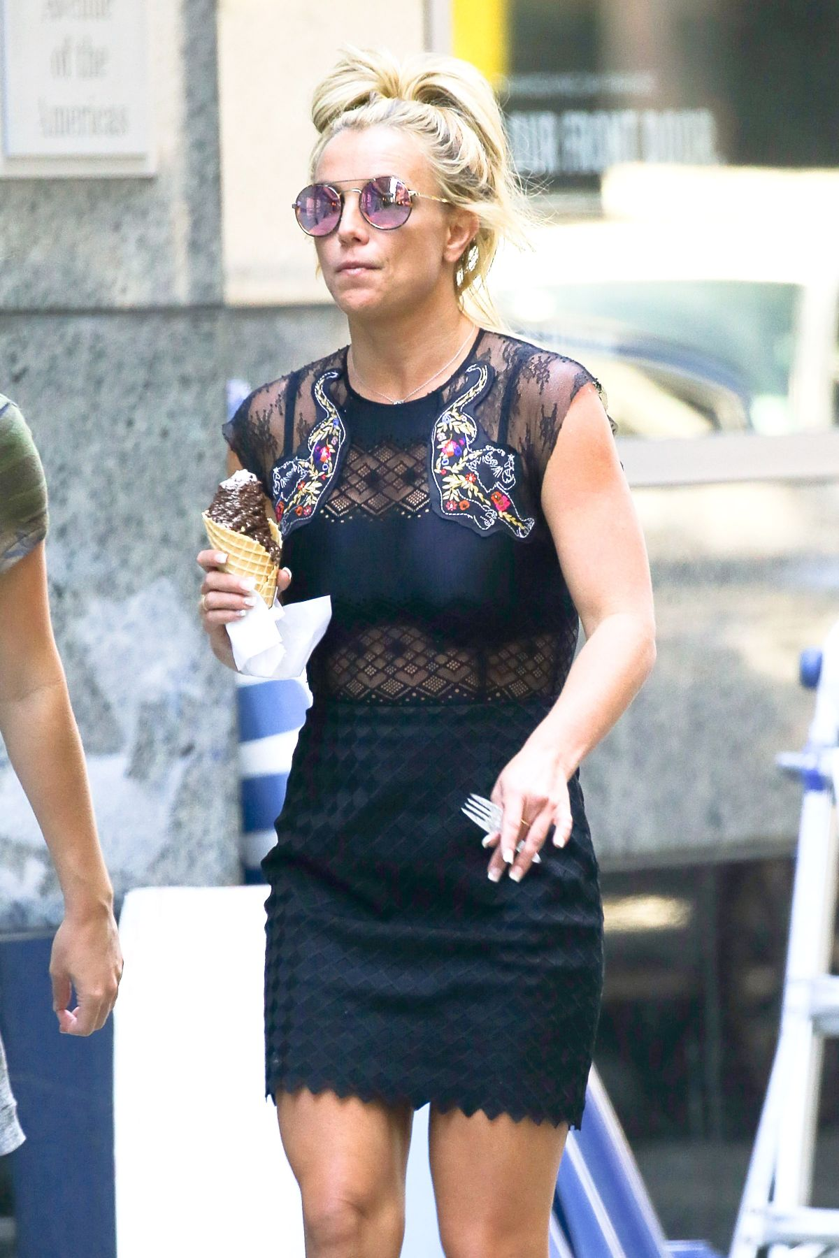 BRITNEY SPEARS Out and About in New York 08/29/2016