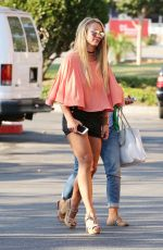 BRITNEY SPEARS Out for Lunch in Westlake 08/01/2016