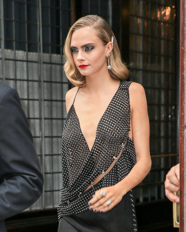 CARA DELEVINGNE Leaving Her Hotel in New York 08/01/2016