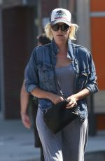 CHARLIZE THERON Out and About i Los Angeles 08/29/2016