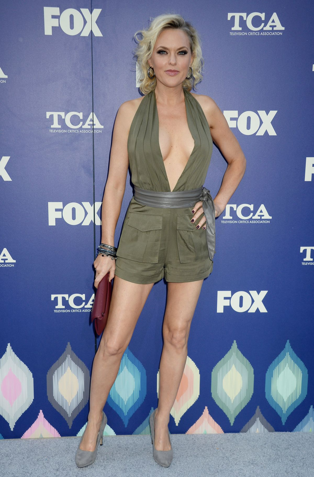 ELAINE HENDRIX at Fox Summer TCA All-star Party in West ...Elaine Hendrix Legs