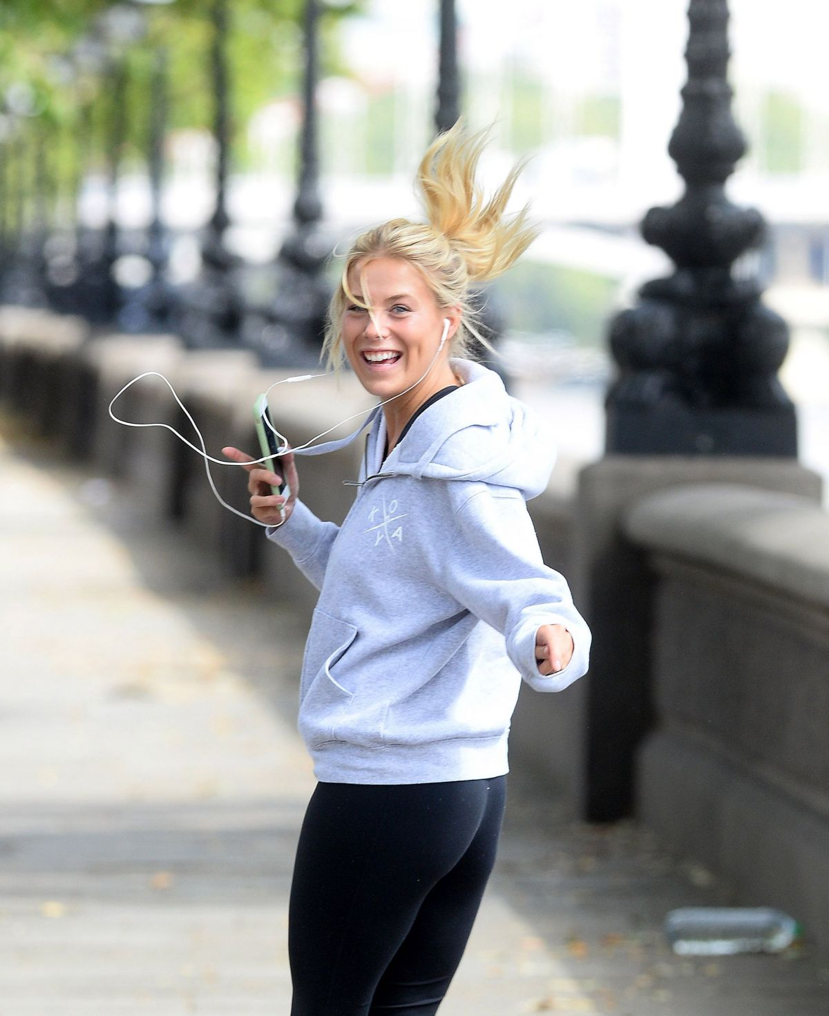 FRANKIE GAFF Out Jogging in London 08/09/2016
