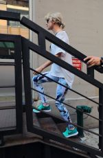 TAYLOR SWIFT Arrives at a Gym in New York 08/09/2016