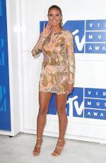 HEIDI KLUM at 2016 MTV Video Music Awards in New York 08/28/2016