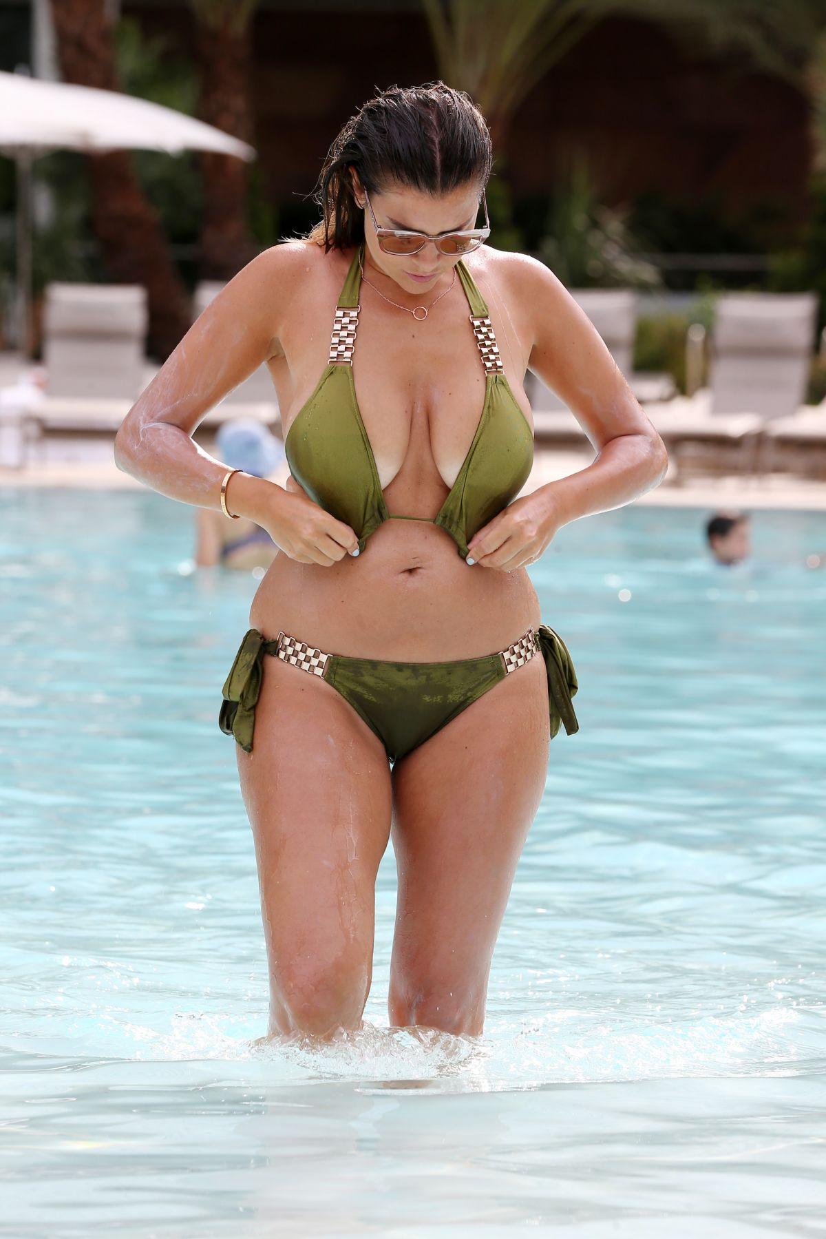 Imogen Thomas In Bikini At A Pool In Las Vegas 08 30 2016
