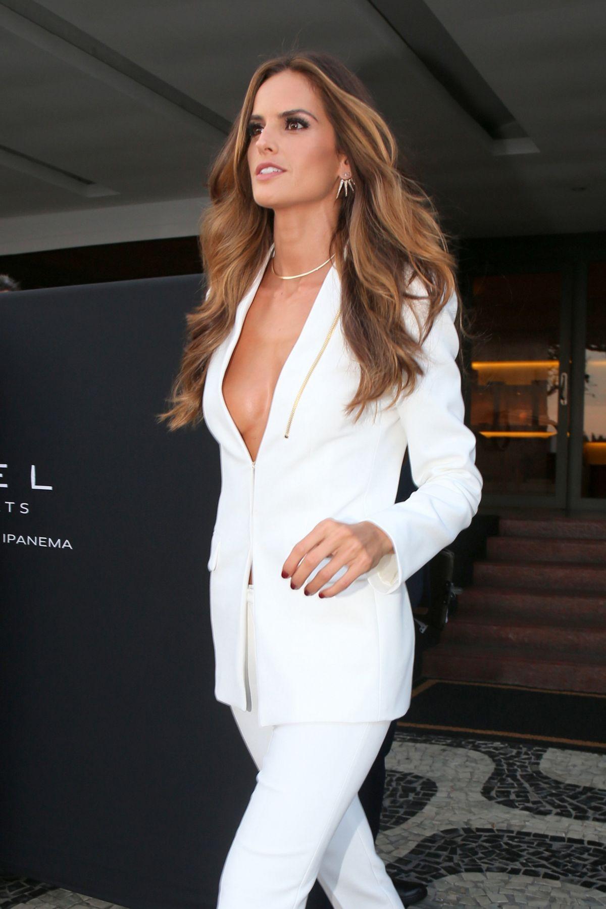 IZABEL GOULART Leaves Her Hotel in Rio De Janeiro 08/05/2016