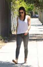 JENNIFER GARNER Out and About in Brentwood 08/03/2016