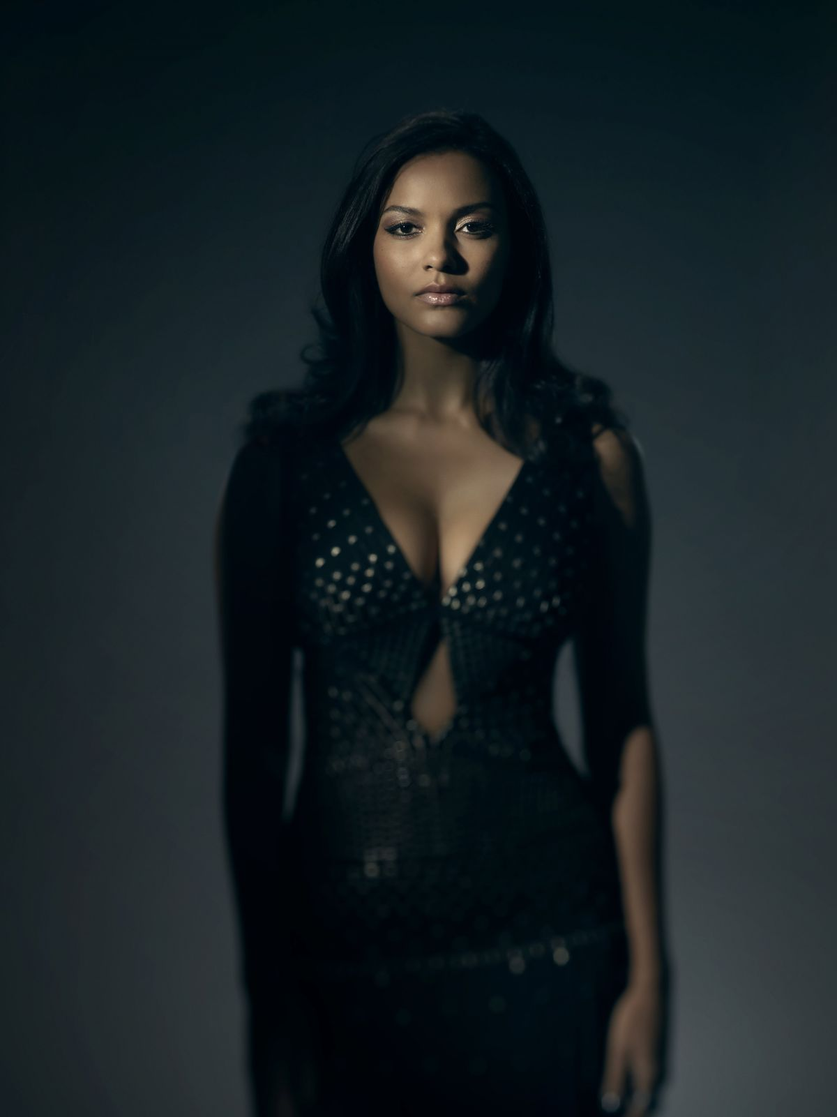 JESSICA LUCAS - Gotham, Season 3 Promo