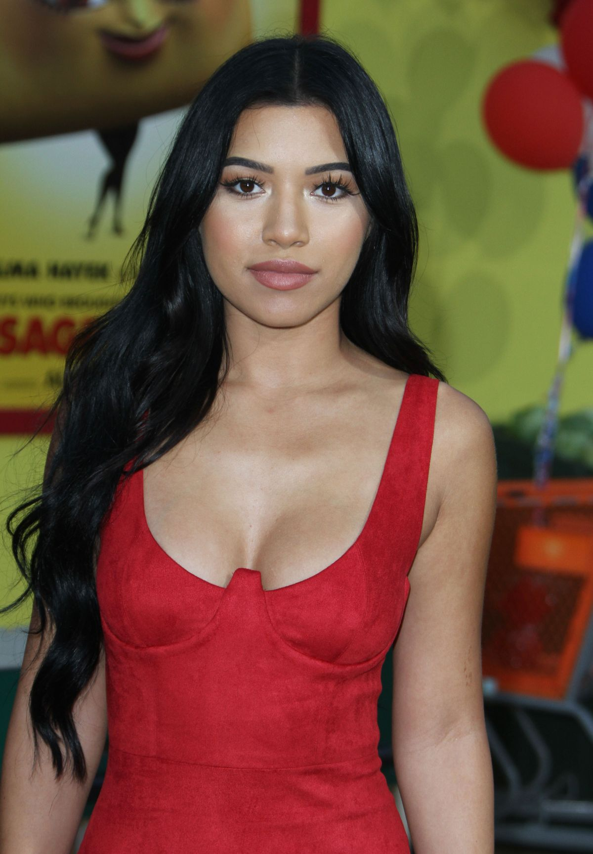 Julia Kelly Nude Photos 19