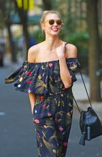 KARLIE KLOSS Out and About in New York 08/25/2016