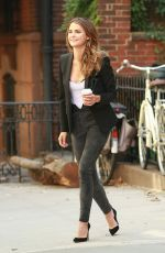 KERI RUSSELL Leaves Her Home in New York 08/04/2016