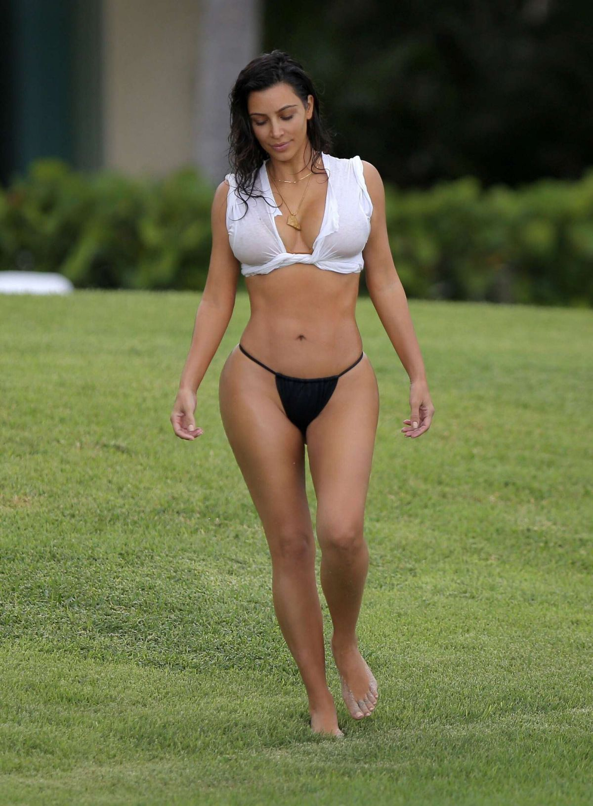 KIM KARDASHIAN in Bikini Bottom at a Beach in Casa Aramara 08/23/2016