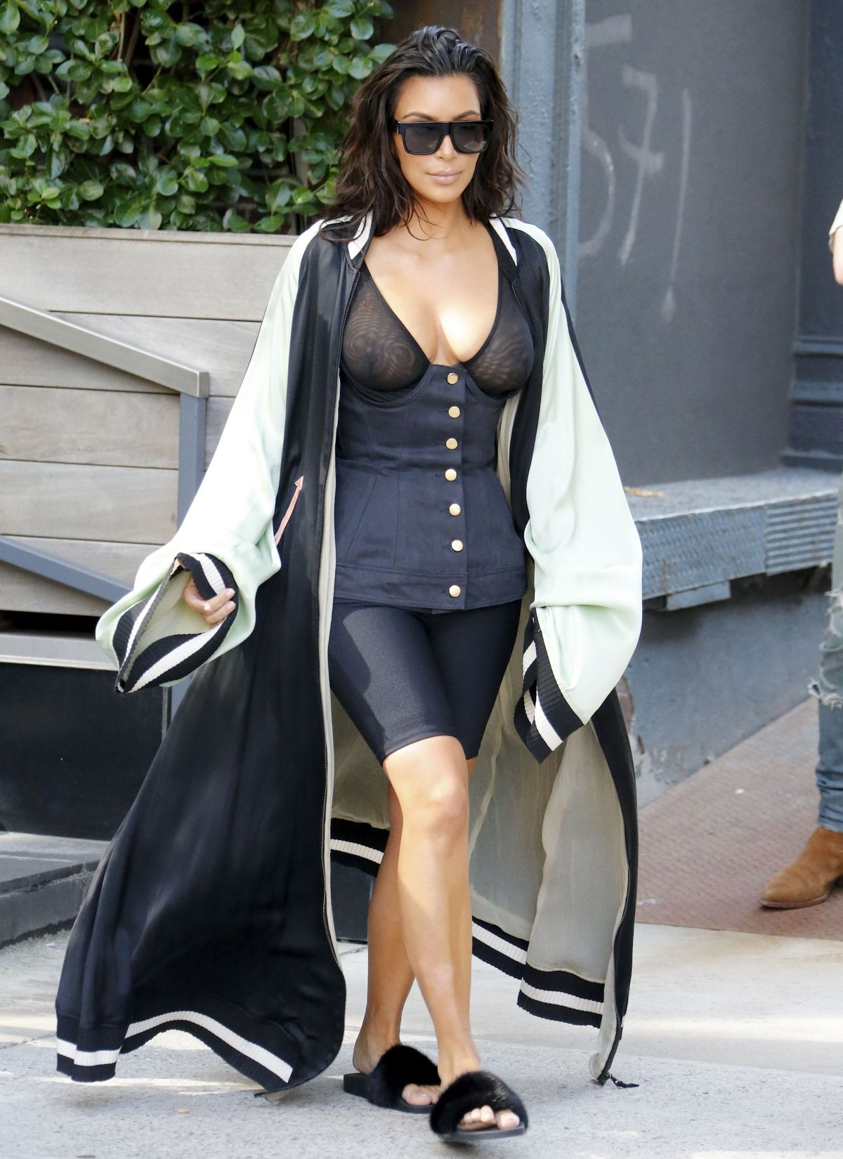 kim kardashian - photo #1