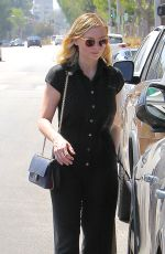 KIRSTEN DUSNT Returns to Her Car in Los Angeles 08/08/2016
