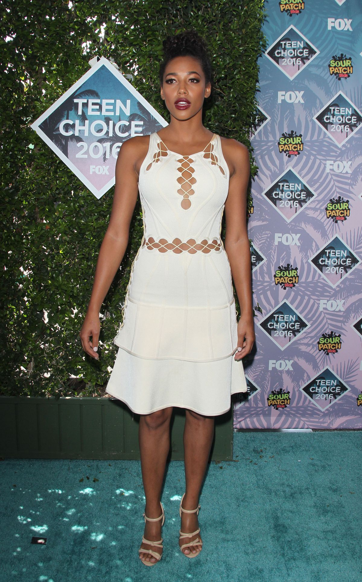 KYLIE BUNBURY at Teen Choice Awards 2016 in Inglewood 07/31/2016