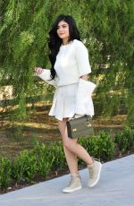 KYLIE JENNER Out and About in Beverly Hills 08/02/2016