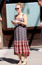 LESLIE MANN Leaves Her Hotel in New York 08/04/2016