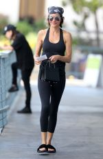 LISA RINNA Out and About in Sherman Oaks 08/22/2016