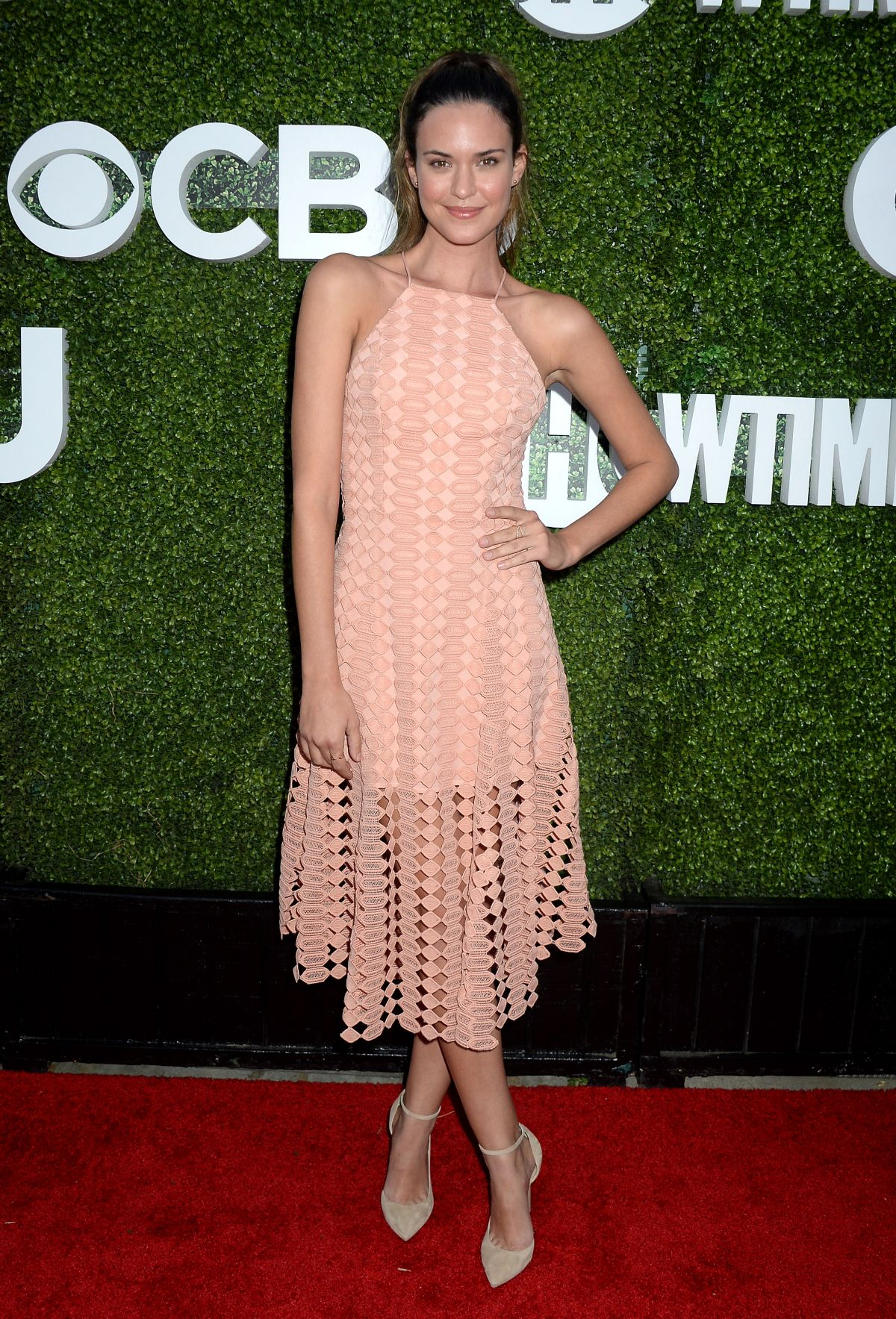 ODETTE ANNABLE at CBS, CW and Showtime 2016 TCA Summer Press Tour Party in Westwood 08/10/2016