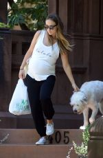 Pregnant OLIVIA WILDE Out and About in New York 08/17/2016