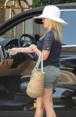 REESE WITHERSPOON Leaves Montage Hotel in Beverly Hills 08/24/2016