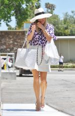 REESE WITHERSPOON Out and About in Beverly Hills08/01/2016