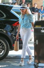 REESE WITHERSPOON Out for Lunch in Los Angeles 08/18/2016