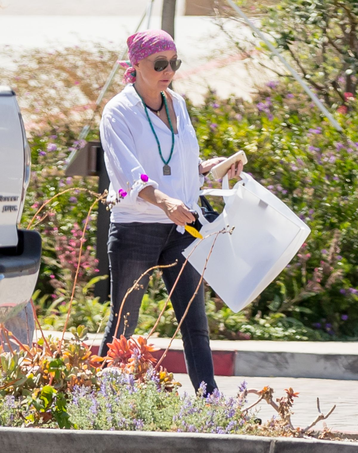 SHANNEN SOHERTY Out Shopping in Malibu 07/26/2016