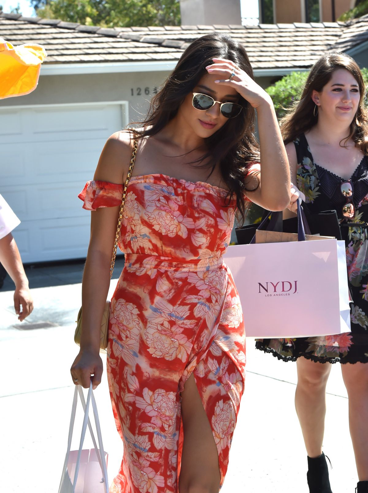 SHAY MITCHELL at Instyle Gifting Suite in Brentwood 08/14/2016