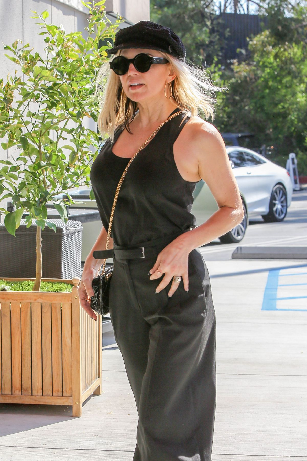 STACY FERGIE FERGUSON Arrives at a Meeting in Santa Monica 08/04/2016