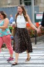 SUTTON FOSTER Leaves