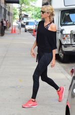 TAYLOR SWIFT Arrives at a Gym in New York 08/08/2016