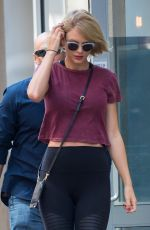 TAYLOR SWIFT Out and About in New York 08/24/2016